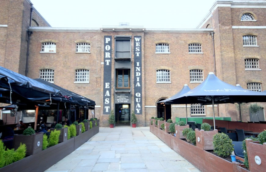 Port East Apartments, Canary Wharf, E14 - Flats to buy or rent